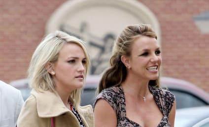 Britney and Jamie Lynn Spears: Easter Cuties!