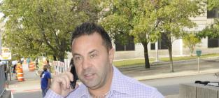 Joe Giudice Accused Of Verbally Abusing Daughters