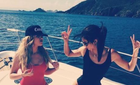 Kendall Jenner, Khloe Kardashian Inspire #ThighBrow Trend