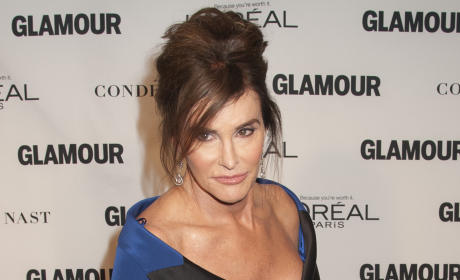 "Caitlyn Jenner Apologizes for ""Man in a Dress"" Comment"