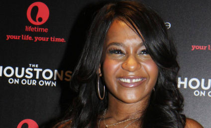 Bobbi Kristina Brown Opens Eyes: Report