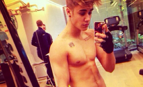 Justin Bieber Shirtless Instagram Photo