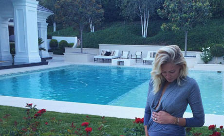 Paulina Gretzky: Pregnant with First Child!