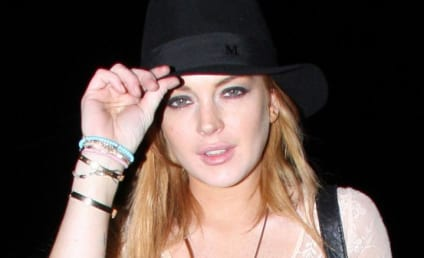 Warrant Issued For Lindsay Lohan; Train Wreck Will Face the Music Friday Morning