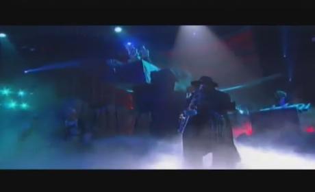 Lady Gaga - The Edge Of Glory (Live on American Idol)
