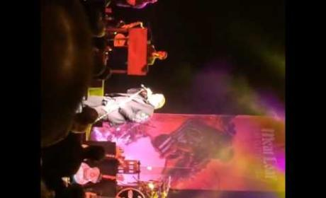 Meat Loaf COLLAPSES During Performance: Video