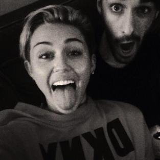 Miley Cyrus: Tongue Out