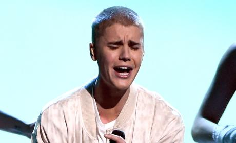 Justin Bieber Gets Emotional