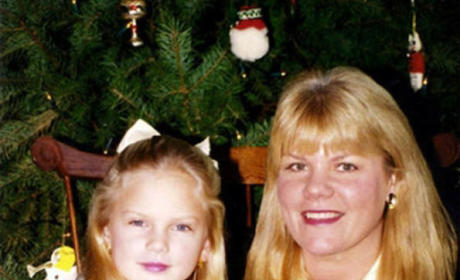 Taylor Swift and Her Mom