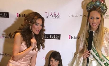 Farrah & Sophia Abraham Pose With Ms. United Nations