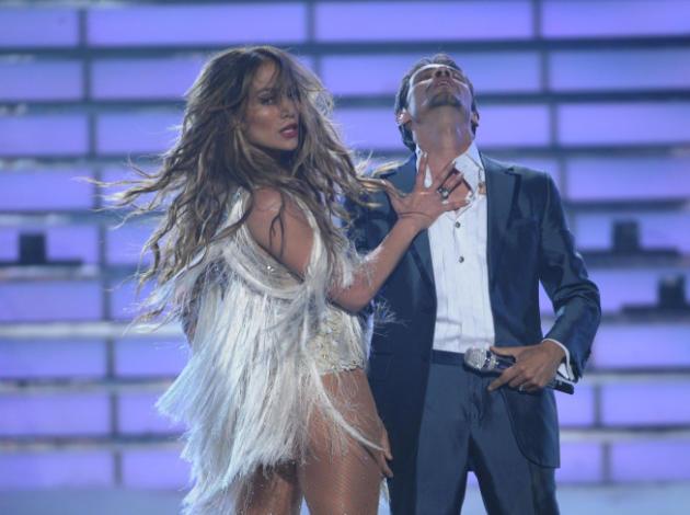 Jennifer Lopez on Idol Stage