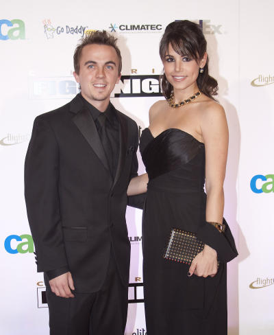 Frankie Muniz, Girlfriend