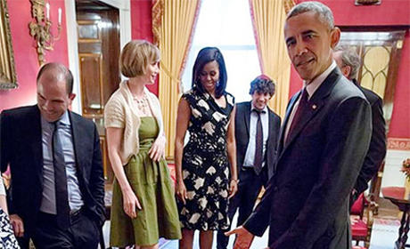 Toddler Throws Temper Tantrum in Front of President Obama