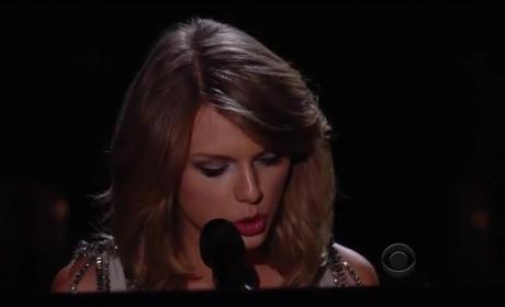 """Taylor Swift - """"All Too Well """"(2014 Grammy Awards)"""