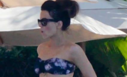 Kate beckinsale the hollywood gossip - Kate beckinsale pool ...