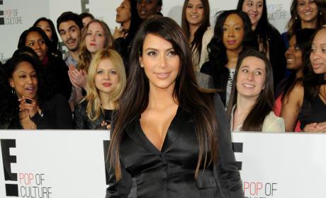 Kim Kardashian Pregnant Outfit