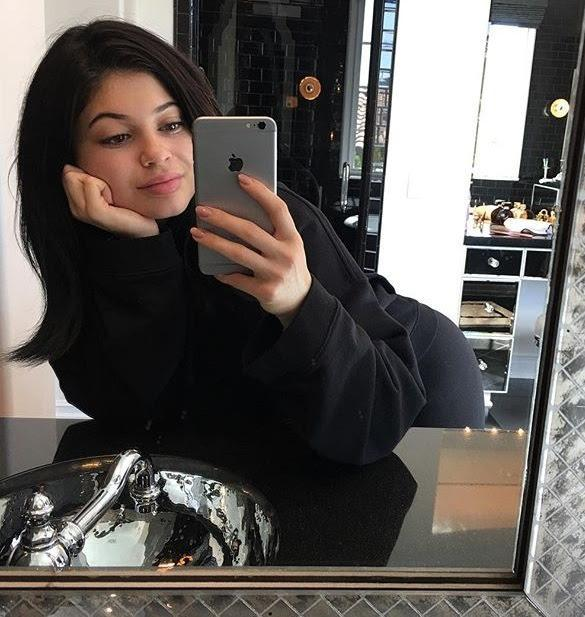 Kylie Jenner Goes Makeup-Free