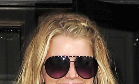 Jessica Simpson Shrugs Off Talk of Serial Dating