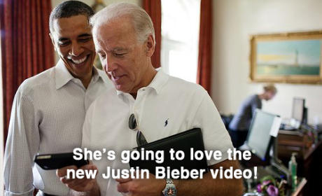 Clinton, Obama and Biden Texting