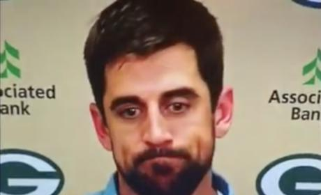 Aaron Rodgers Trolls Russell Wilson by Thanking God for Victory