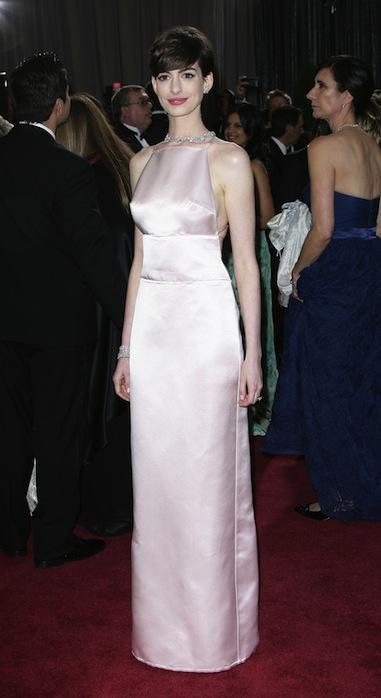 Anne Hathaway Oscars Dress