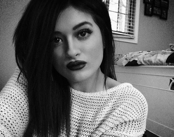 Gabrielle Waters: Kylie Jenner Lookalike