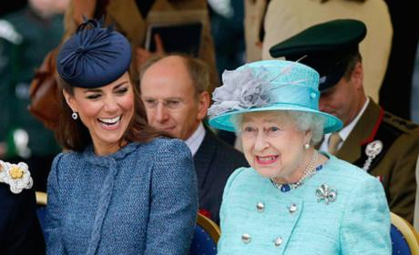 Kate Middleton-Queen Elizabeth FEUD: Will the Queen Cut Kate Off?