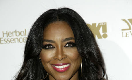 Kenya Moore Bikini Photos: THG Hot Bodies Countdown #51!