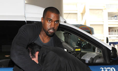 "Kanye West ""Ballistic"" Over Kim Kardashian Photo Op: It Was a Set Up!"