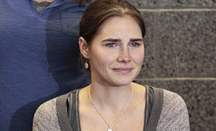 Amanda Knox: Overwhelmed, Home in Seattle
