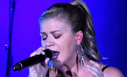 Kelly Clarkson: In Love with Brandon Blackstock!
