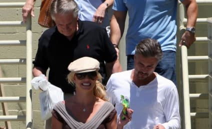 Britney Spears: Surprisingly Happy, Pulled Together!