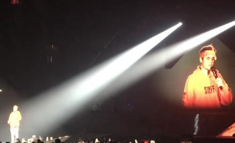 Justin Bieber Tells Off Crowd