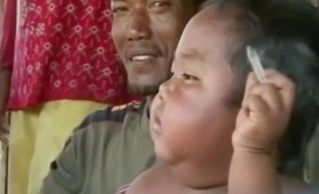 Chain Smoking 2-Year-Old From Indonesia Trades Cigarettes For Food