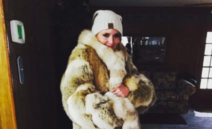 Miranda Lambert Wears Fur Coat, Get Roasted by PETA