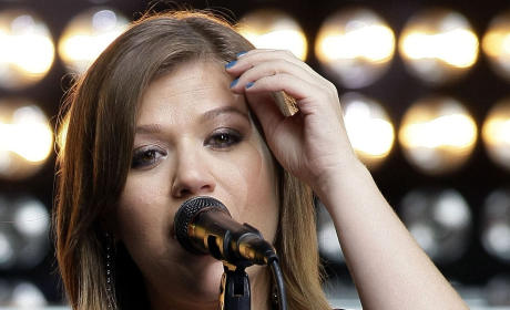New Kelly Clarkson: Listen Now!