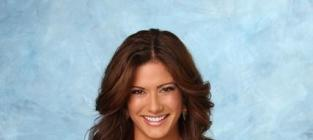 The Bachelor's Kacie Boguskie on Selling Out Courtney Robertson: Had to Be Done!