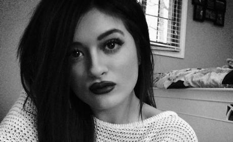 Gabrielle Waters: Kylie Jenner Lookalike