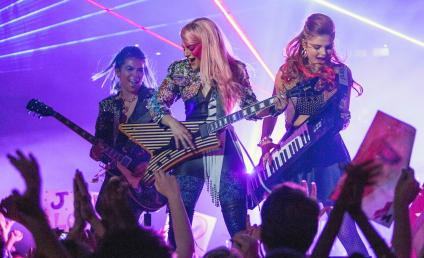 Jem and the Holograms Movie: First Photo!