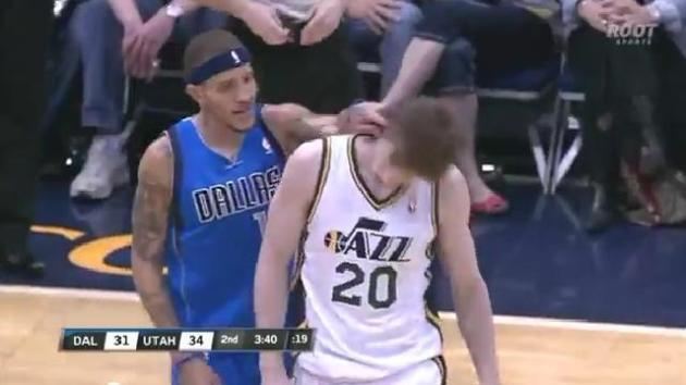 delonte-west-gives-gordon-hayward-wet-willy.jpg