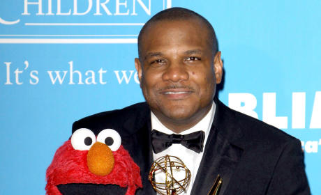 Kevin Clash Accuser Recants, Acknowledges ADULT Relationship with Elmo Voice Star