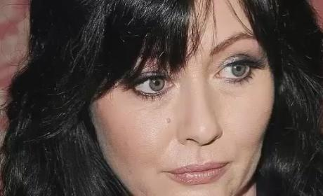 Shannen Doherty Calls 911 to Help Suicidal Twitter Fan