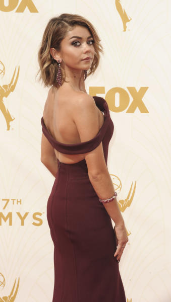 Sarah Hyland at the 2015 Emmys