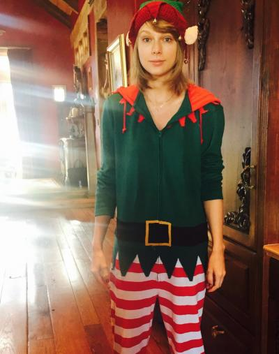 Taylor Swift the Elf