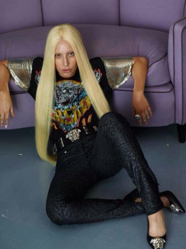 Lady Gaga Before Photoshop