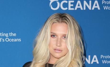 Kesha in black dress