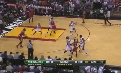 LeBron James Throws Alley-Oop ... to LeBron James!