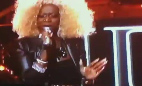 Zoanette Johnson Terrifies, Divides American Idol Fans