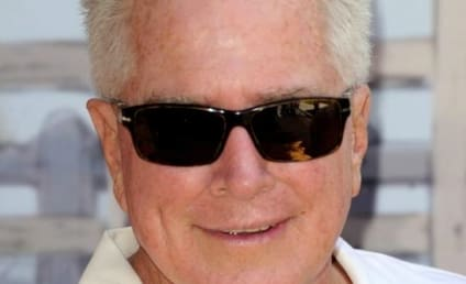 Huell Howser Dies; California's Gold Host Was 67