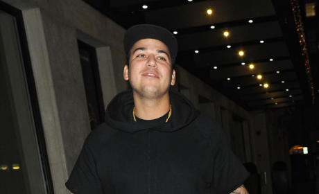 Rob Kardashian to Bring Personal Trainer to Paris